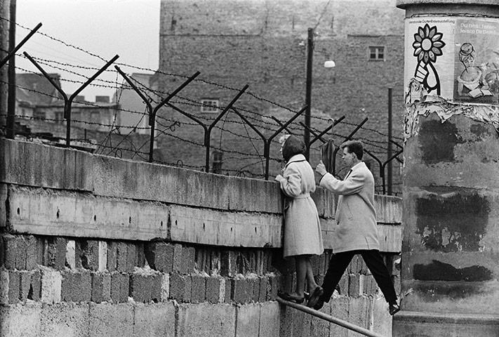 Berlin-Wall adst.org
